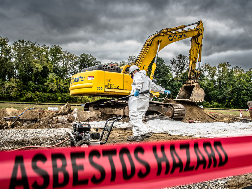 construction worker on an asbestos site - Charter Safety
