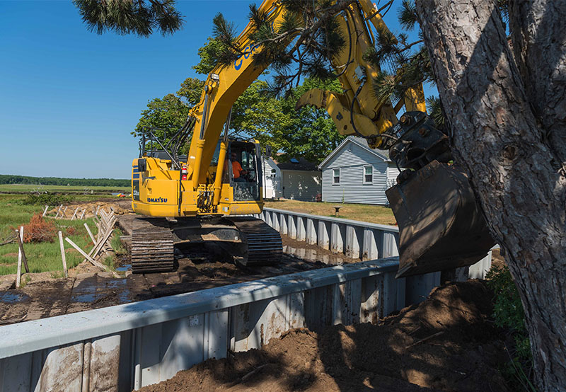 equipment on Blackwater River project