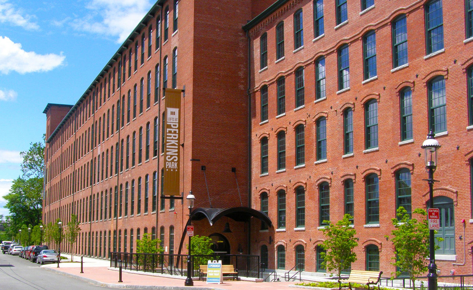 Lofts at Perkins Place view of building from the street